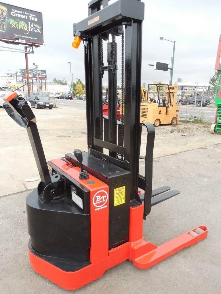2 Ton Walk Behind Pallet Stacker Electric Forklift Price 1: 2006 Electric Raymond RAS25