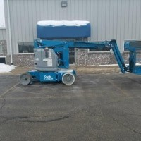 2011 Genie Z34 22N Articulated Boom