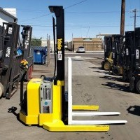 2011 Electric Yale MSW040SFN24TV087 Electric Walkie Straddle Stacker