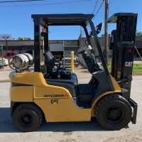 2007 LP Gas Mitsubishi FG25N Pneumatic Tire 4 Wheel Sit Down