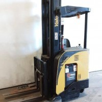 2013 Electric Yale NR040DB Electric Narrow Aisle Single Reach