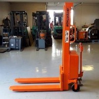 Electric EHS1000 1590 Electric Walkie Straddle Stacker