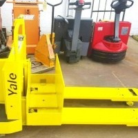 1993 Electric Yale MPE060LCN Electric Walkie Rider Pallet Jack