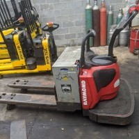 2008 Electric Raymond Linde Rider jack Electric Walkie Rider Pallet Jack