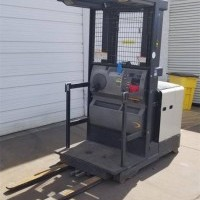 2004 Electric Crown SP3210-30 Electric Order Picker