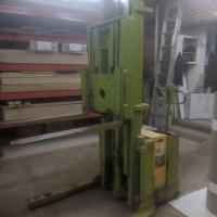 1992 Electric Clark SP-30 Electric Walkie Straddle Stacker Reach