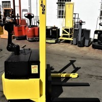 1980 Electric Big Joe PDH20-60 Electric Walkie Straddle Stacker