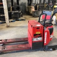 2006 Electric Raymond 8400 Electric Walkie Rider Pallet Jack