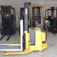 2003 Electric Yale MSW030SEN24RV077 Electric Walkie Straddle Stacker
